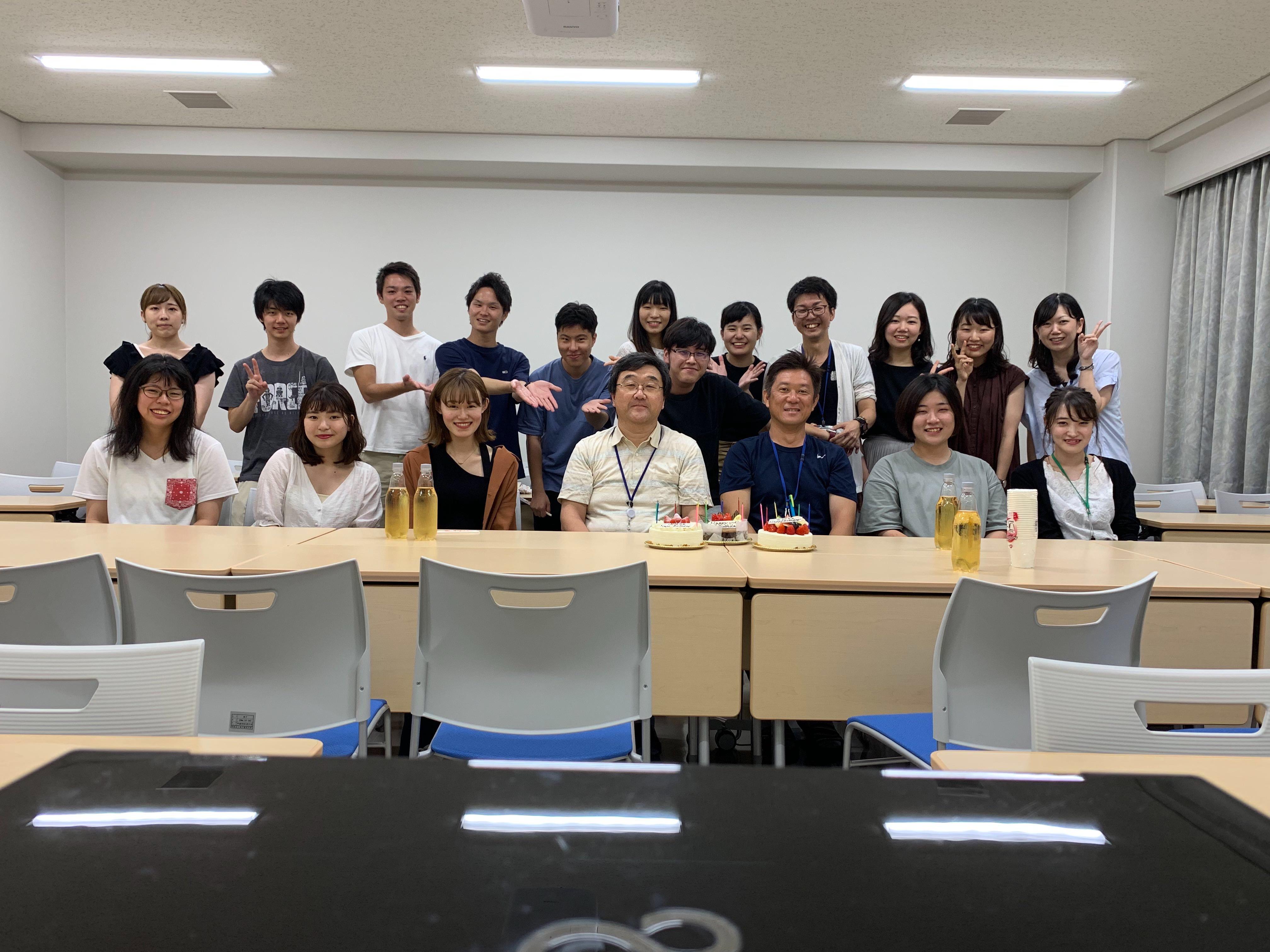 記事 坂根先生・古林先生のお誕生日会をしました♪のアイキャッチ画像